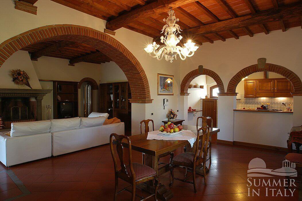 Villa viviana b appartamento ammobiliato in montaione - Archi mattoni vista in cucina ...