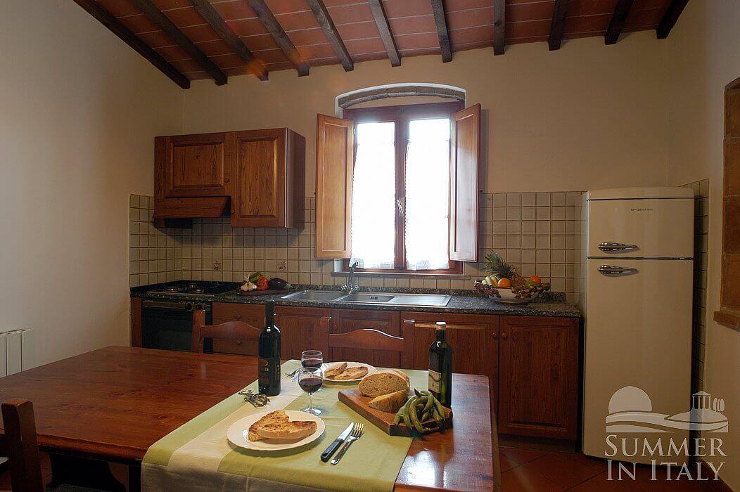 Casa bonaventura a appartamento ammobiliato in montaione for Arredo casa montaione