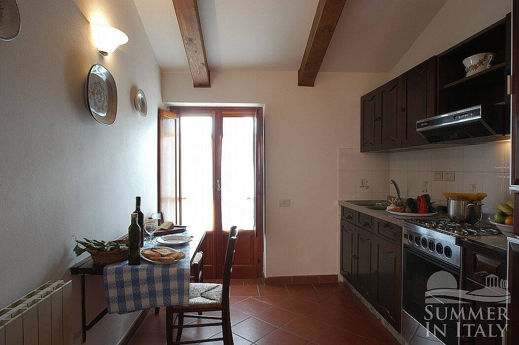 Casa bonaventura b appartamento ammobiliato in montaione for Arredo casa montaione