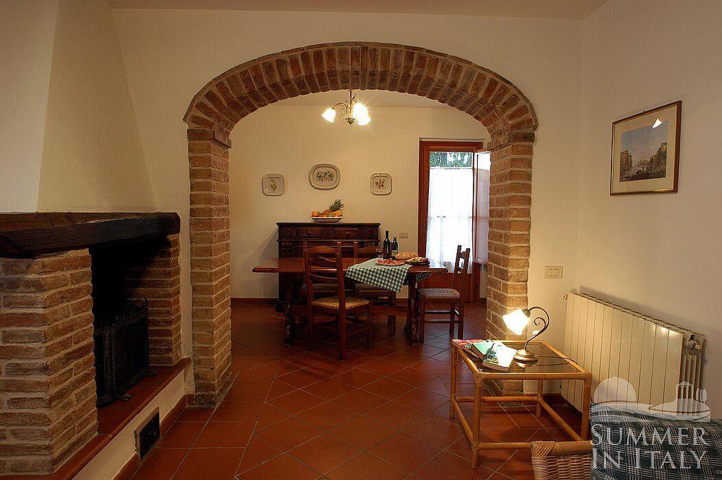 Casa bonaventura d appartamento ammobiliato in montaione for Arredo casa montaione