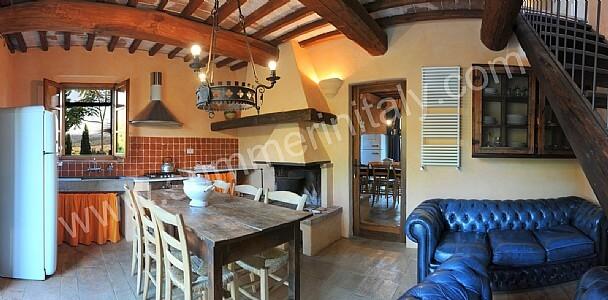 Arredamento rustico toscano la scelta giusta variata for Arredo casa montaione