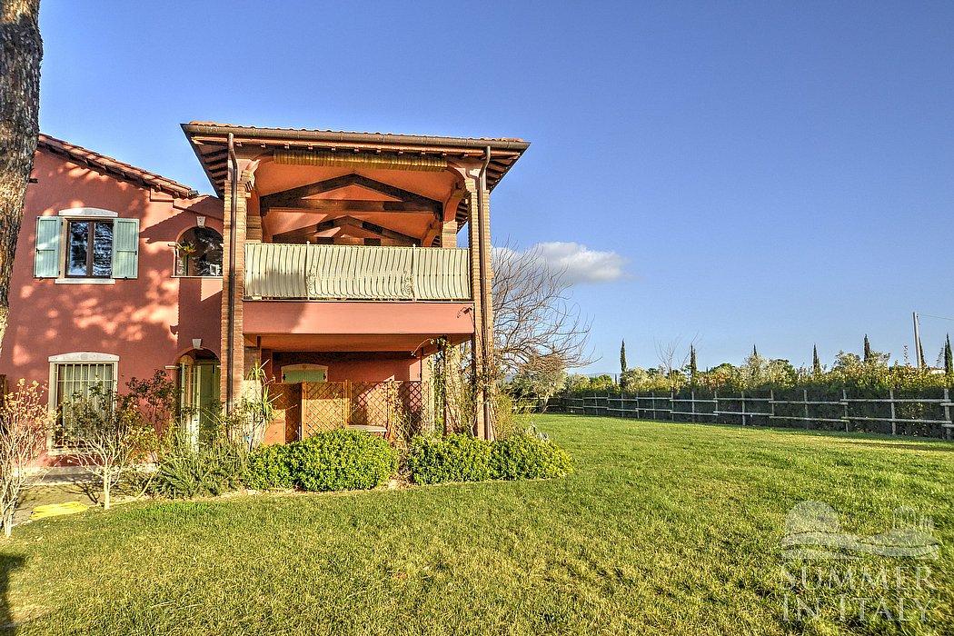 Villa giaggiolo a appartamento ammobiliato in grosseto for 6000 piedi quadrati a casa